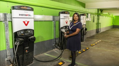 STROUD SHOPPING CENTRE IS POWERED UP WITH NEW ELECTRIC CAR CHARGING POINTS